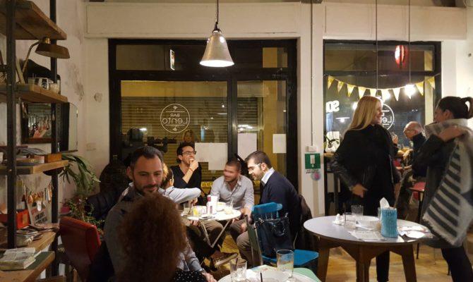 Interno Del Bar Lento A Rimini