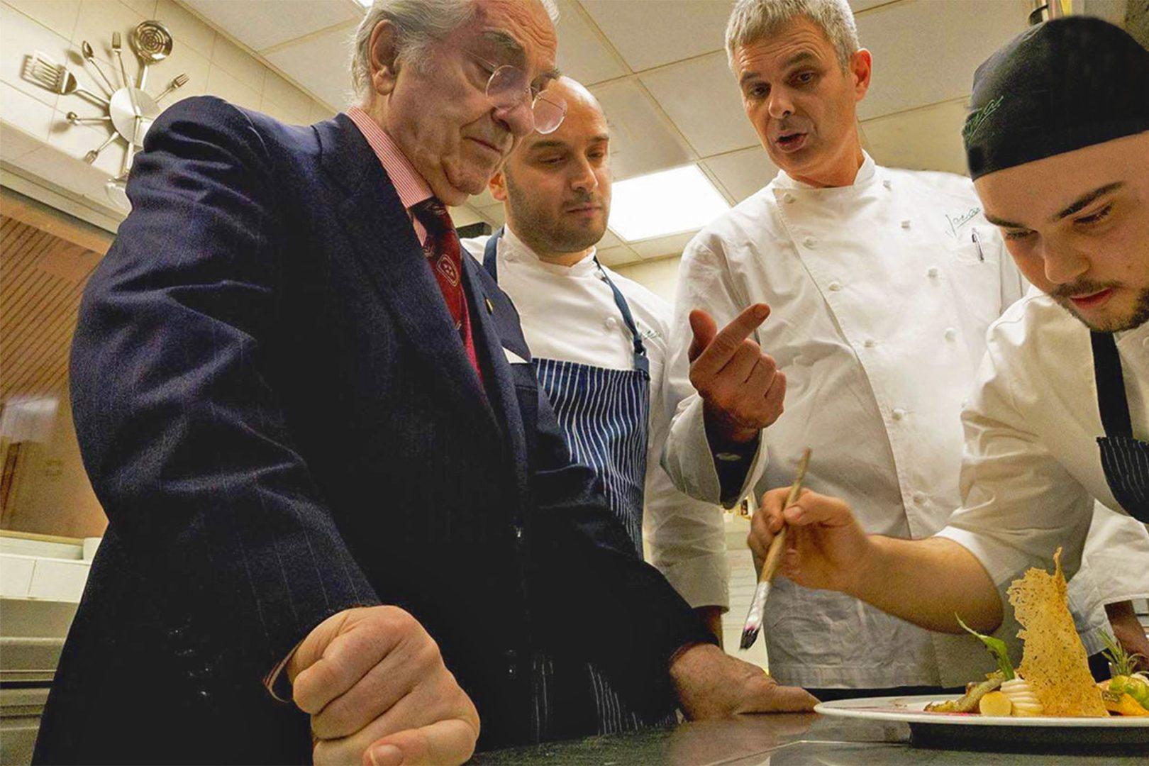 cucina vegetariana preparazione con Jacopo Ticchi, Pietro Leeman e Sauro Ricci, chef del Joja di Milano