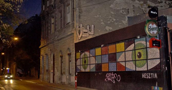Budapest Street Art: La Gallery On The Road Del VII Distretto