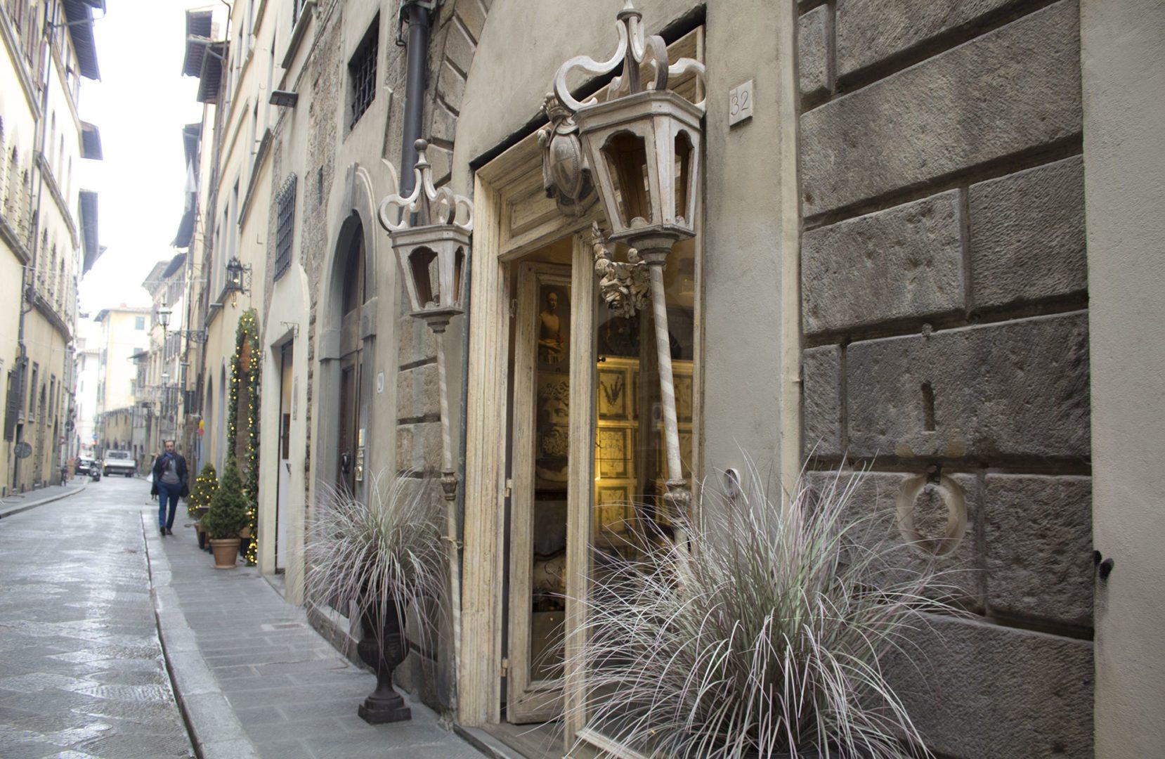 A Firenze Oltrarno, Lontano Dai Turisti