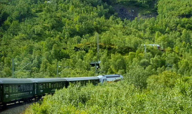 In Treno In Norvegia