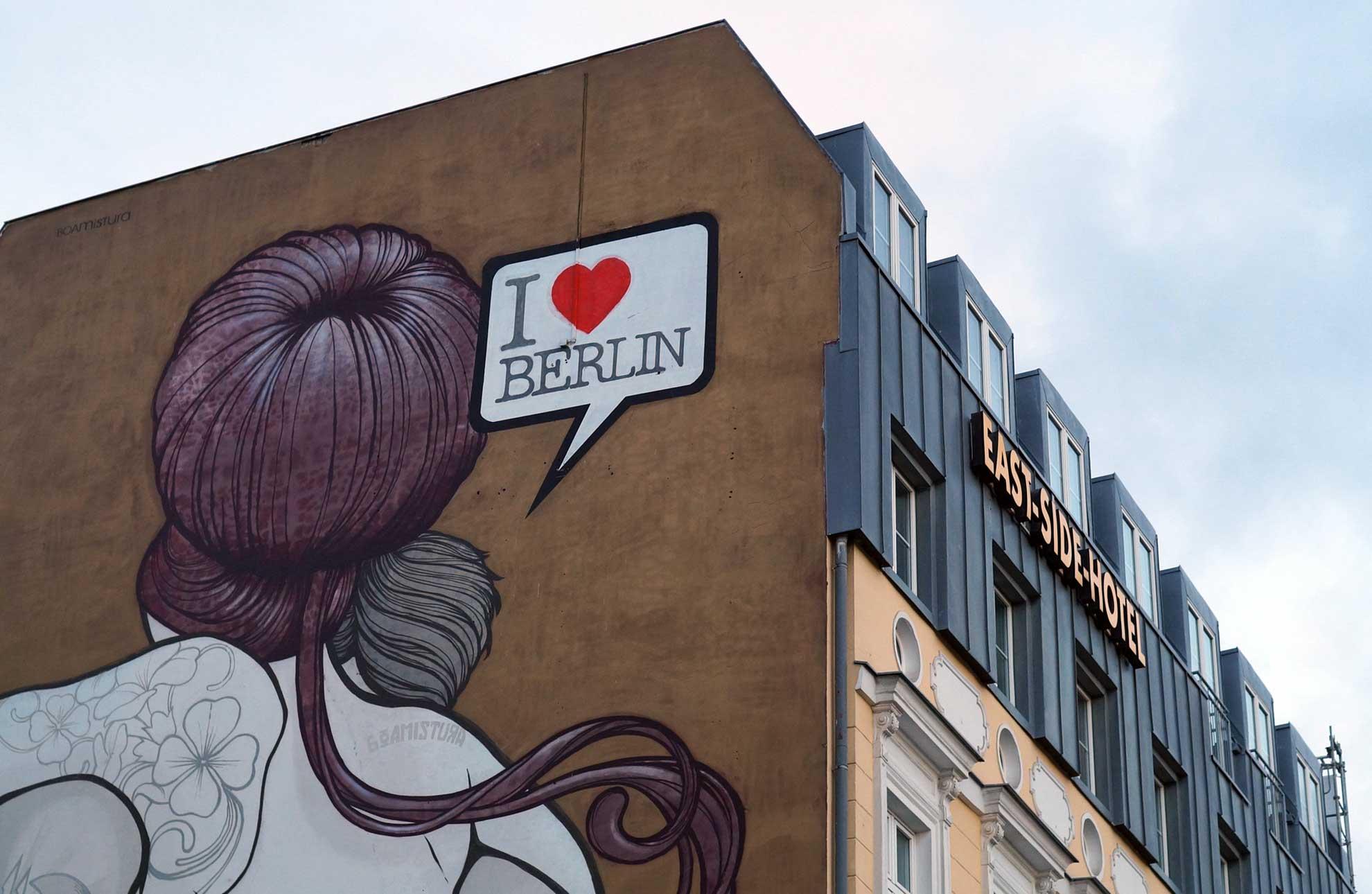 Berlino: In Giro Con La Mia Amica Titti E Le Altre