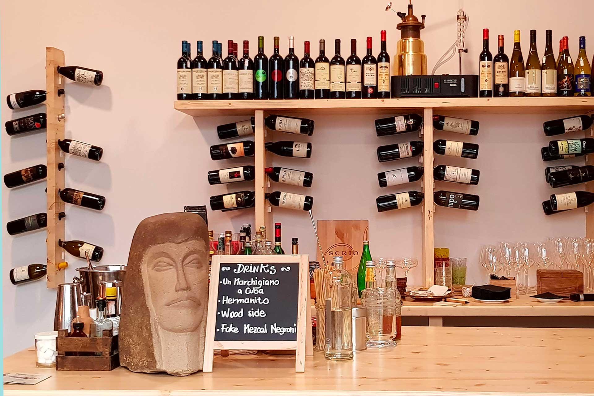 il wine shop di casa brigandi a Rimini
