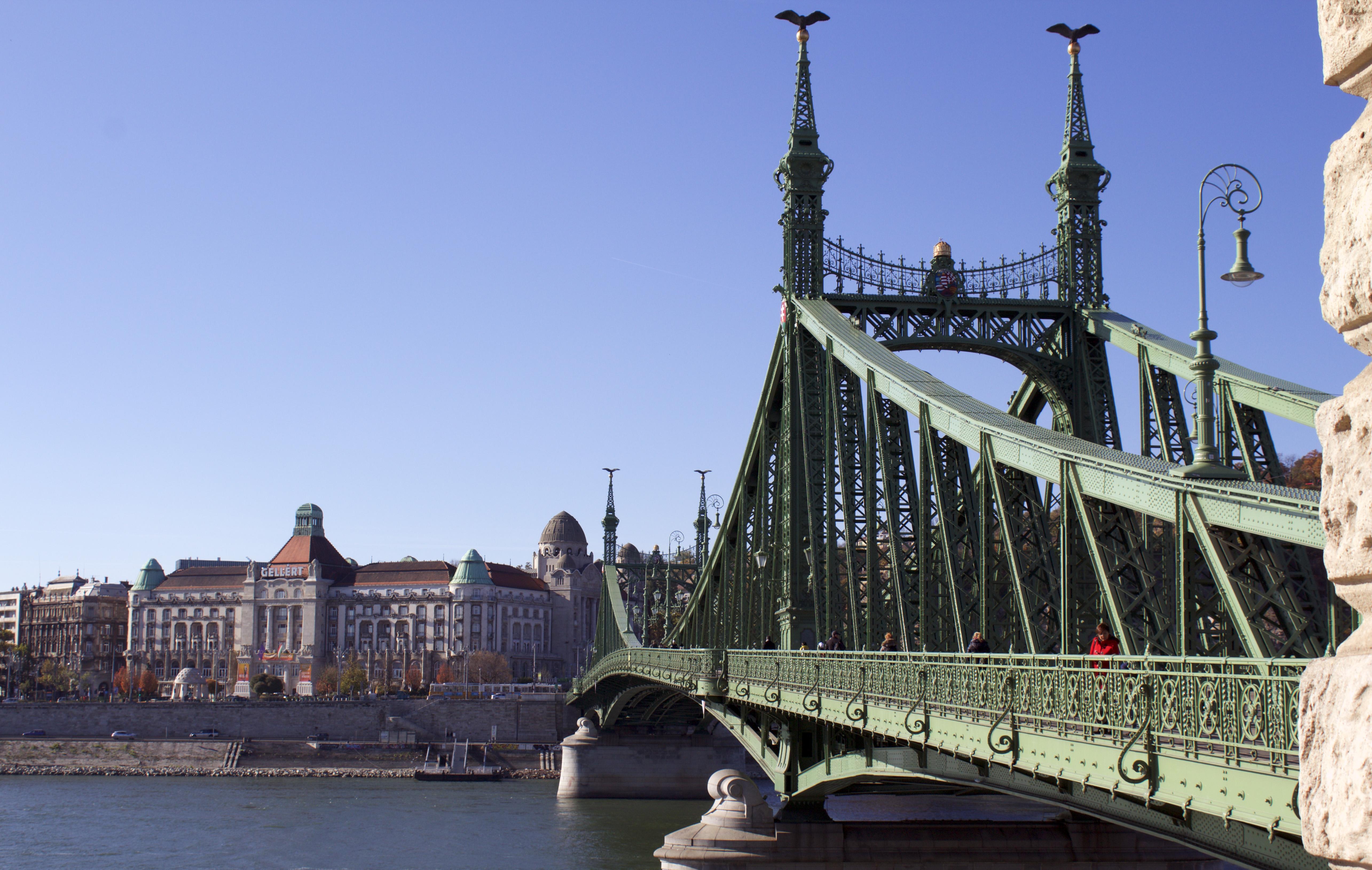 Street Art Budapest, Londra, Berlino, Lisbona, Varsavia E Milano: Dove Trovarla