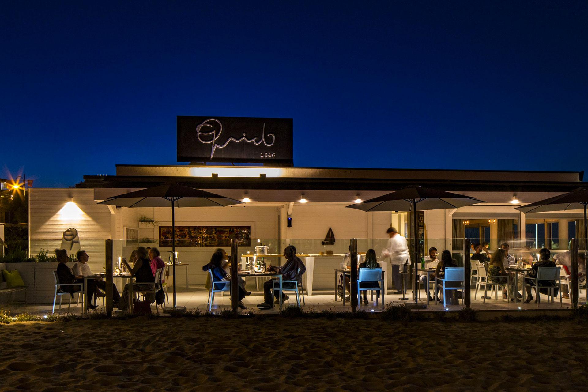ristorante in spiaggia, rimini