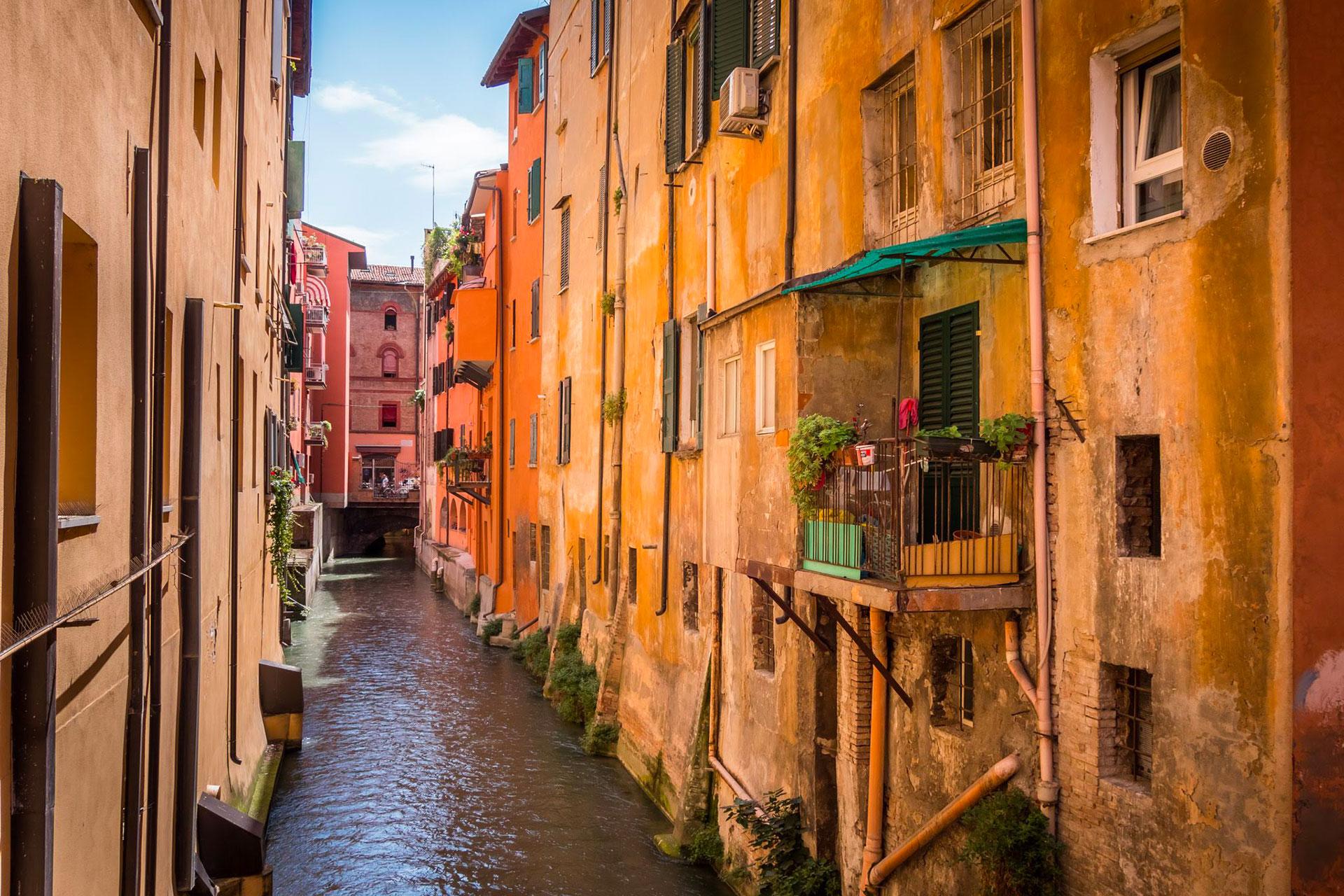 I 10 Segreti Di Bologna: Le Incredibili Storie Che Forse Nessuno Vi Ha Mai Raccontato