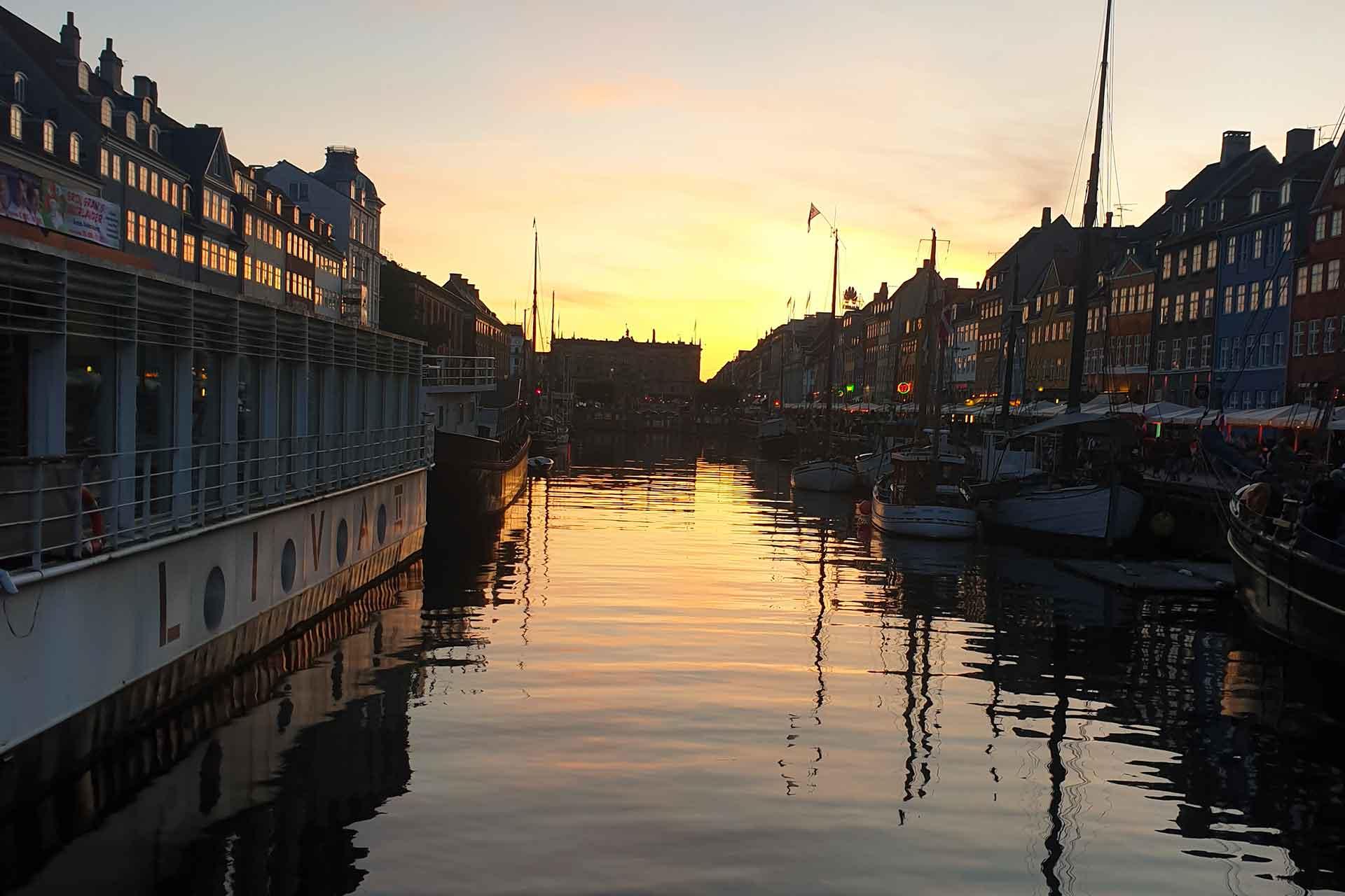 Andare A Copenaghen, Il Posto Più Felice Del Mondo